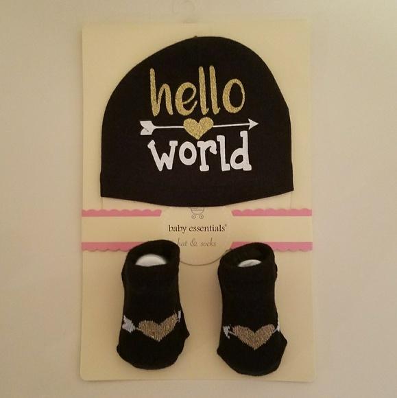 Hello World  newborn - 6 months hat and socks set b0680d53e34